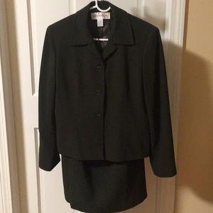 2 Piece Skirt Suit